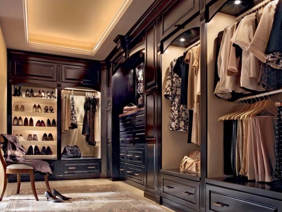 walk in closet luxury design photo - 9