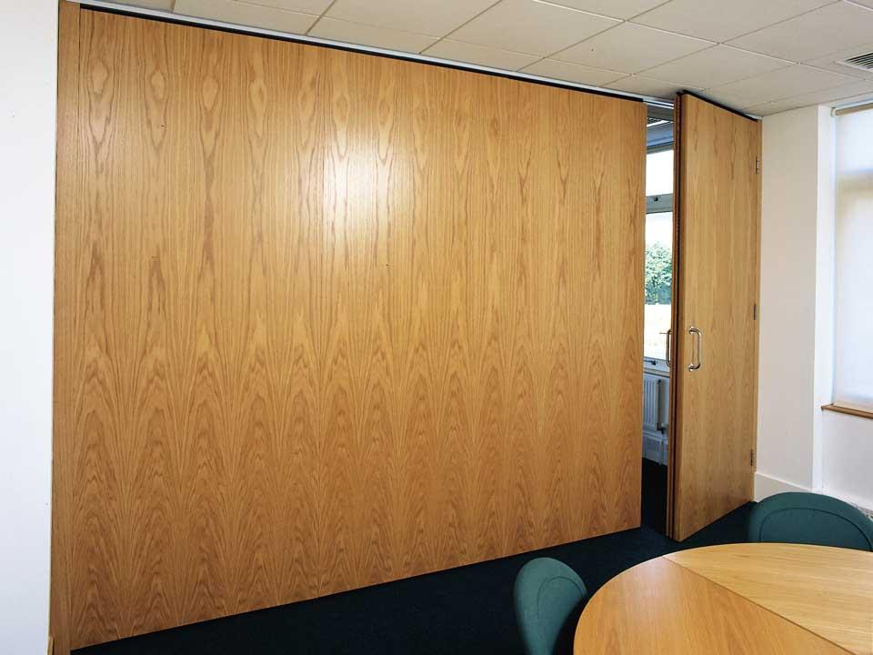 wall dividers doors photo - 5