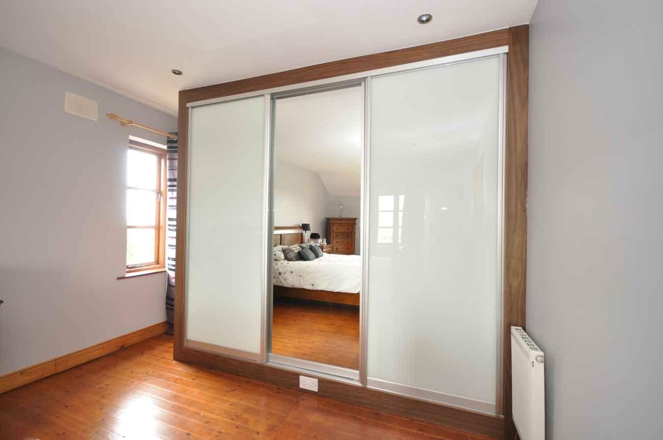 wall dividers doors photo - 7