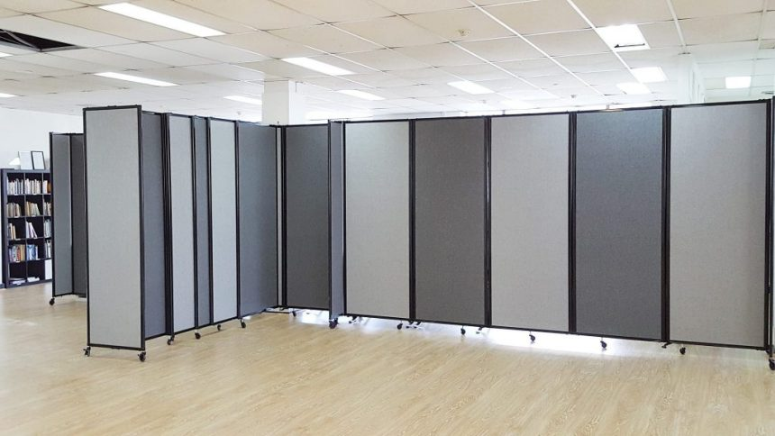 wall dividers on wheels photo - 10