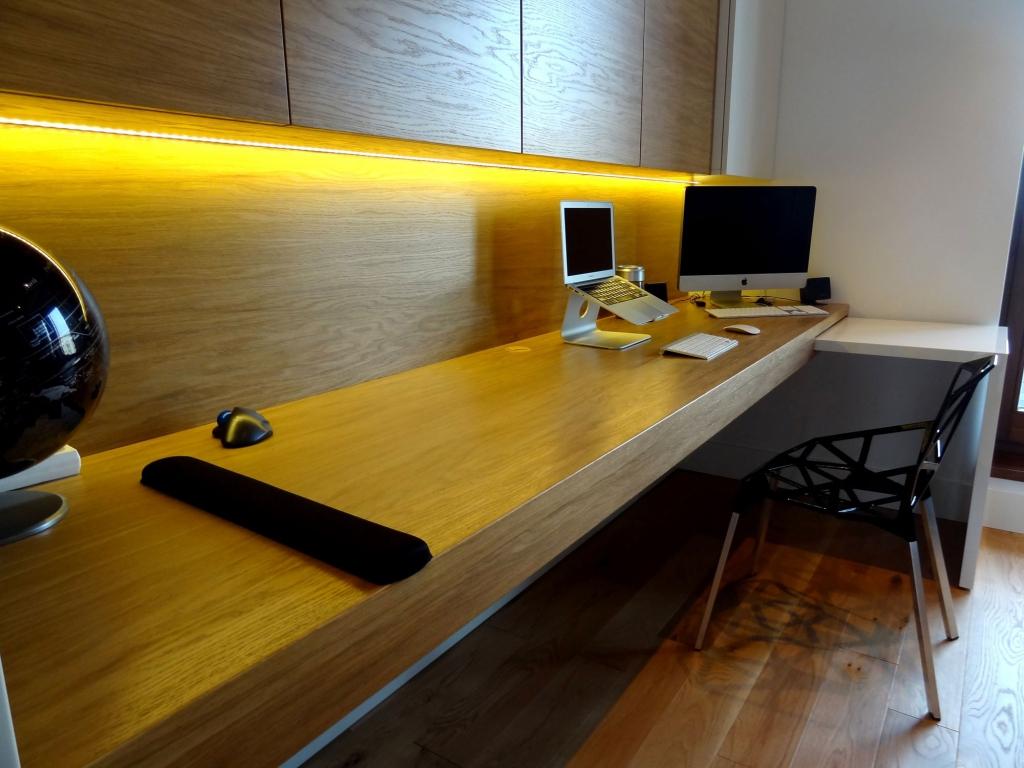 wall mounted art desk photo - 10