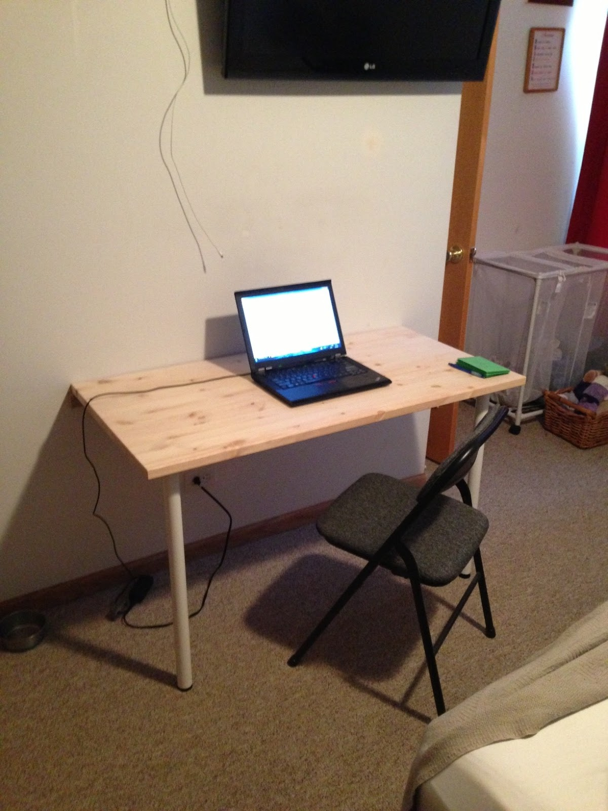 wall mounted desk build photo - 3