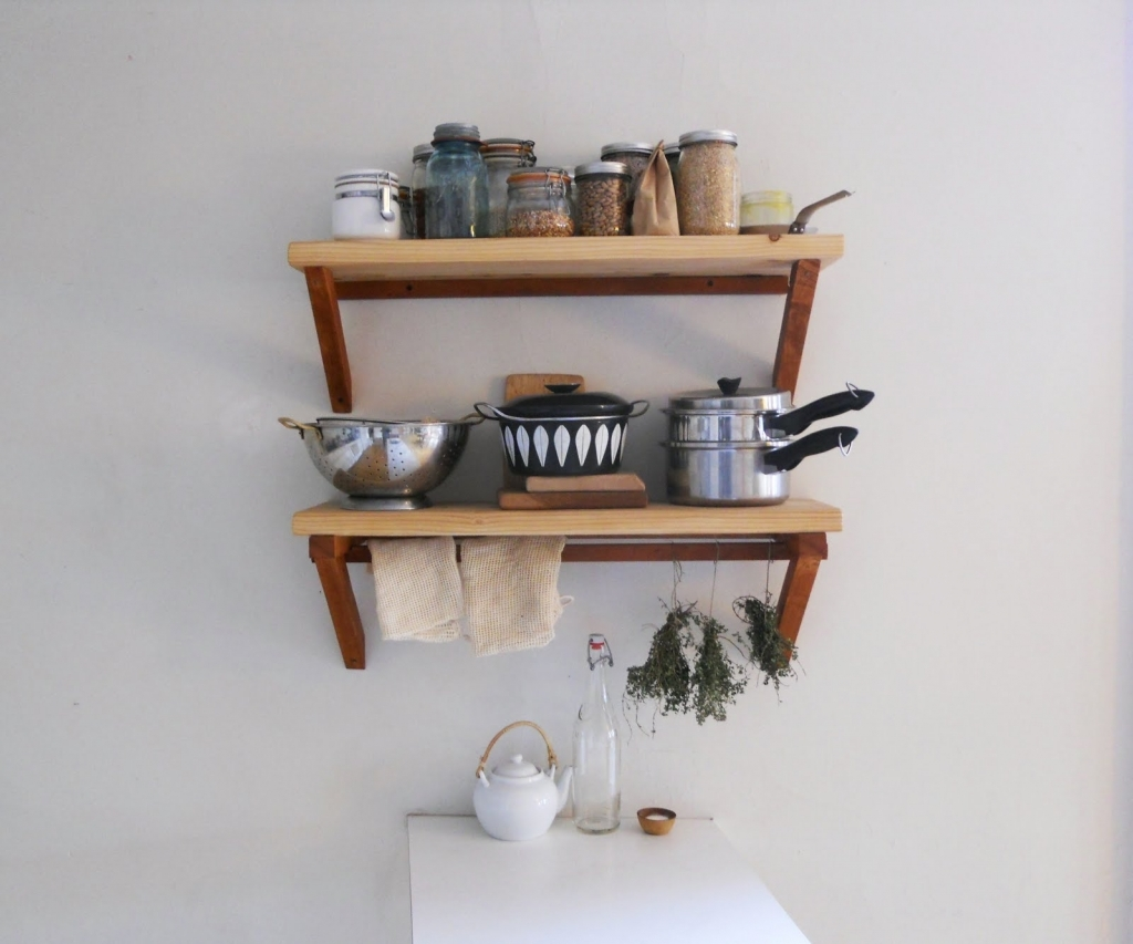 wall mounted shelves for kitchen photo - 8