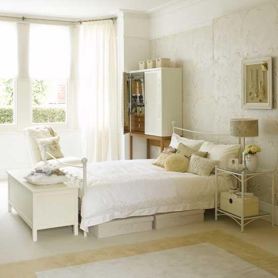 white bedroom furniture decorating ideas photo - 6
