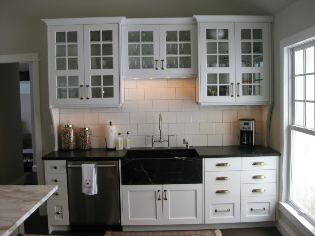 white kitchen cabinet knob ideas photo - 1