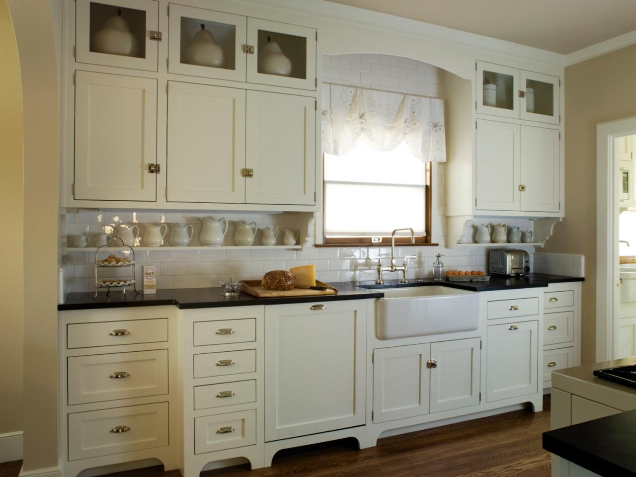 white kitchen cabinet knob ideas photo - 10