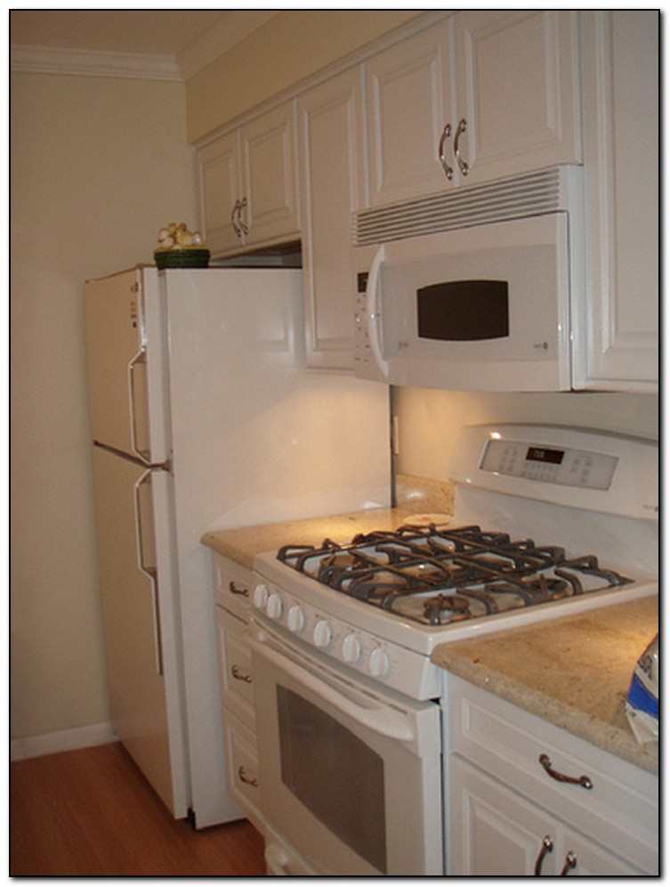 white kitchen cabinets from lowes photo - 10