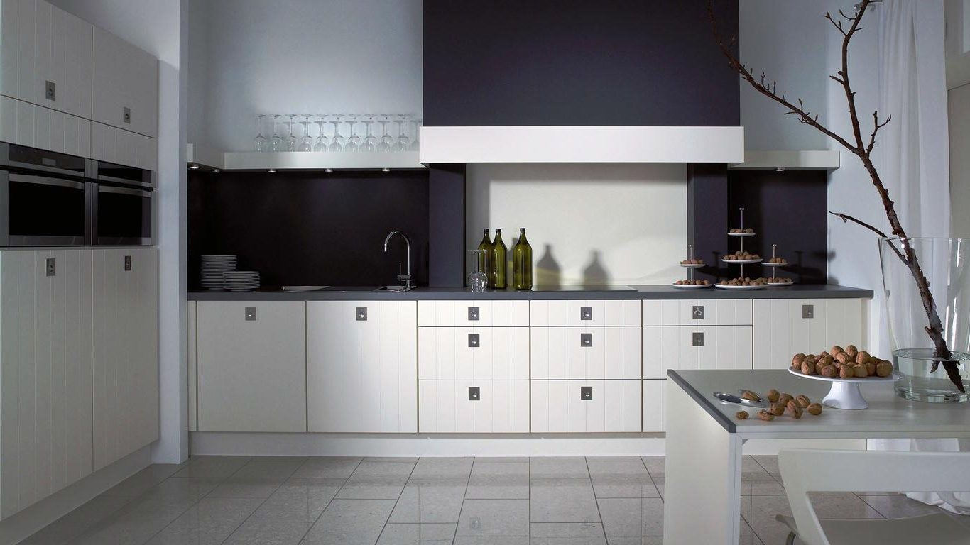 white kitchen cabinets from lowes photo - 6