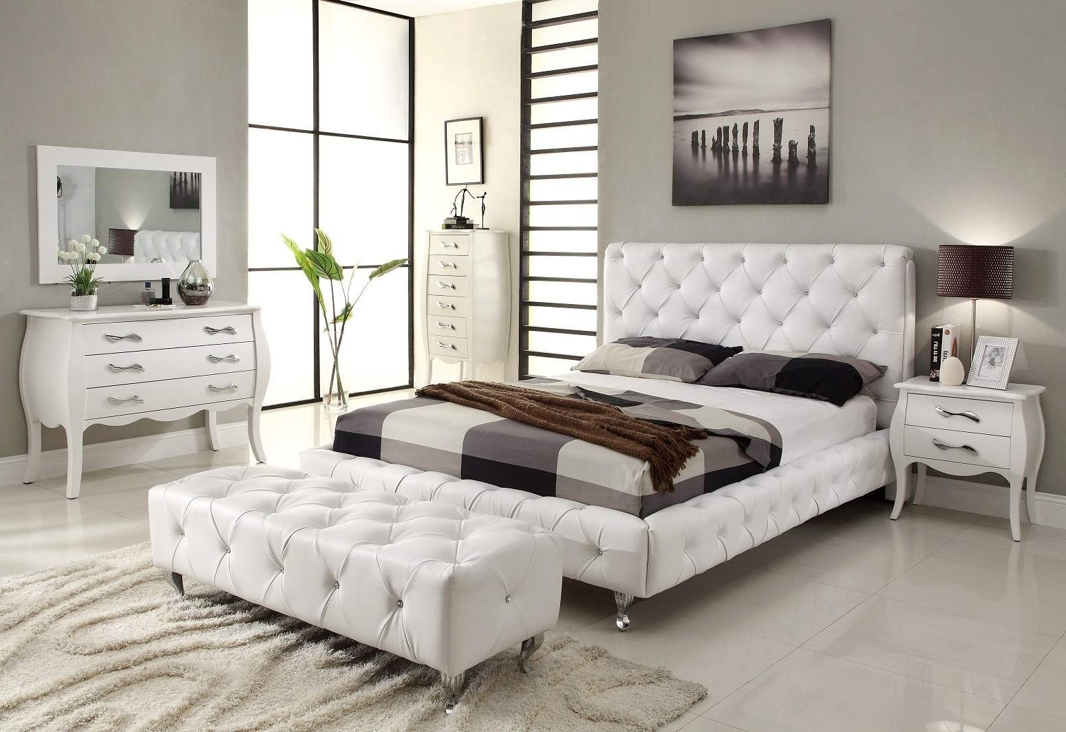 wood and mirrored bedroom furniture photo - 10