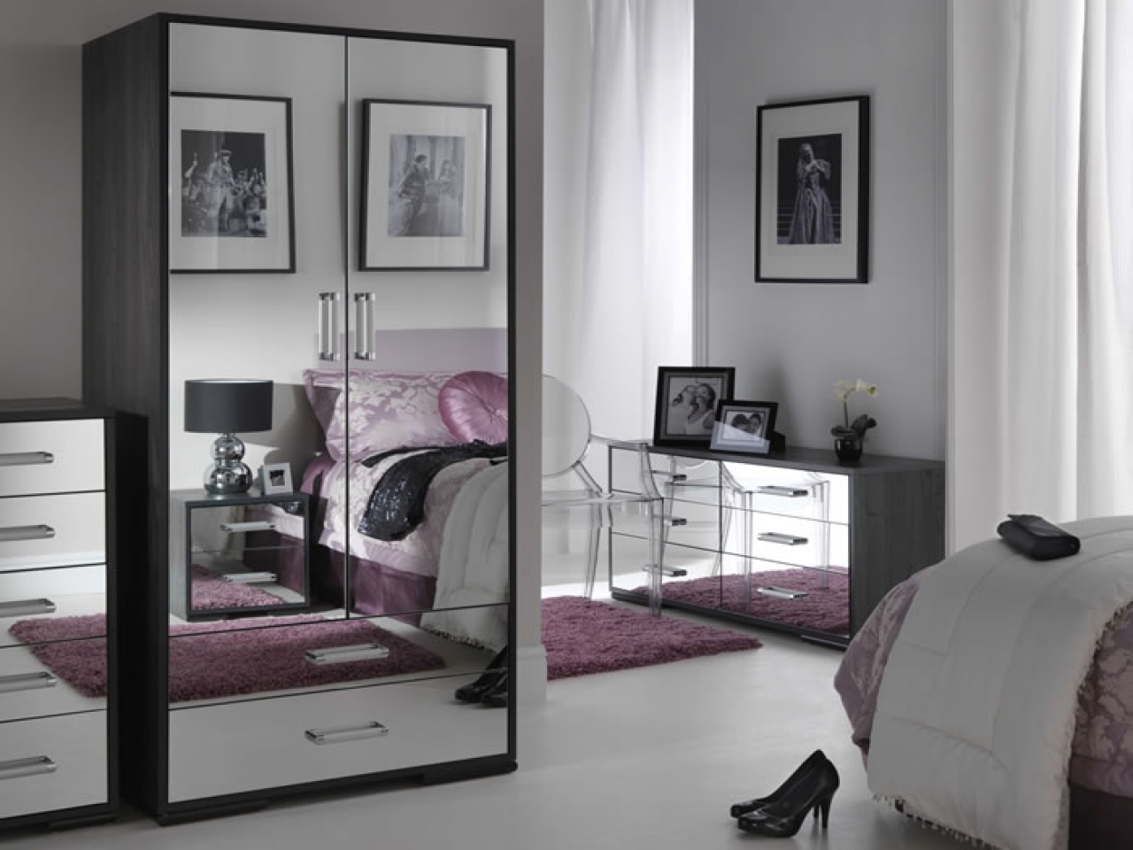 Wood and mirrored bedroom furniture | Hawk Haven