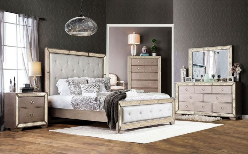 wood and mirrored bedroom furniture photo - 3