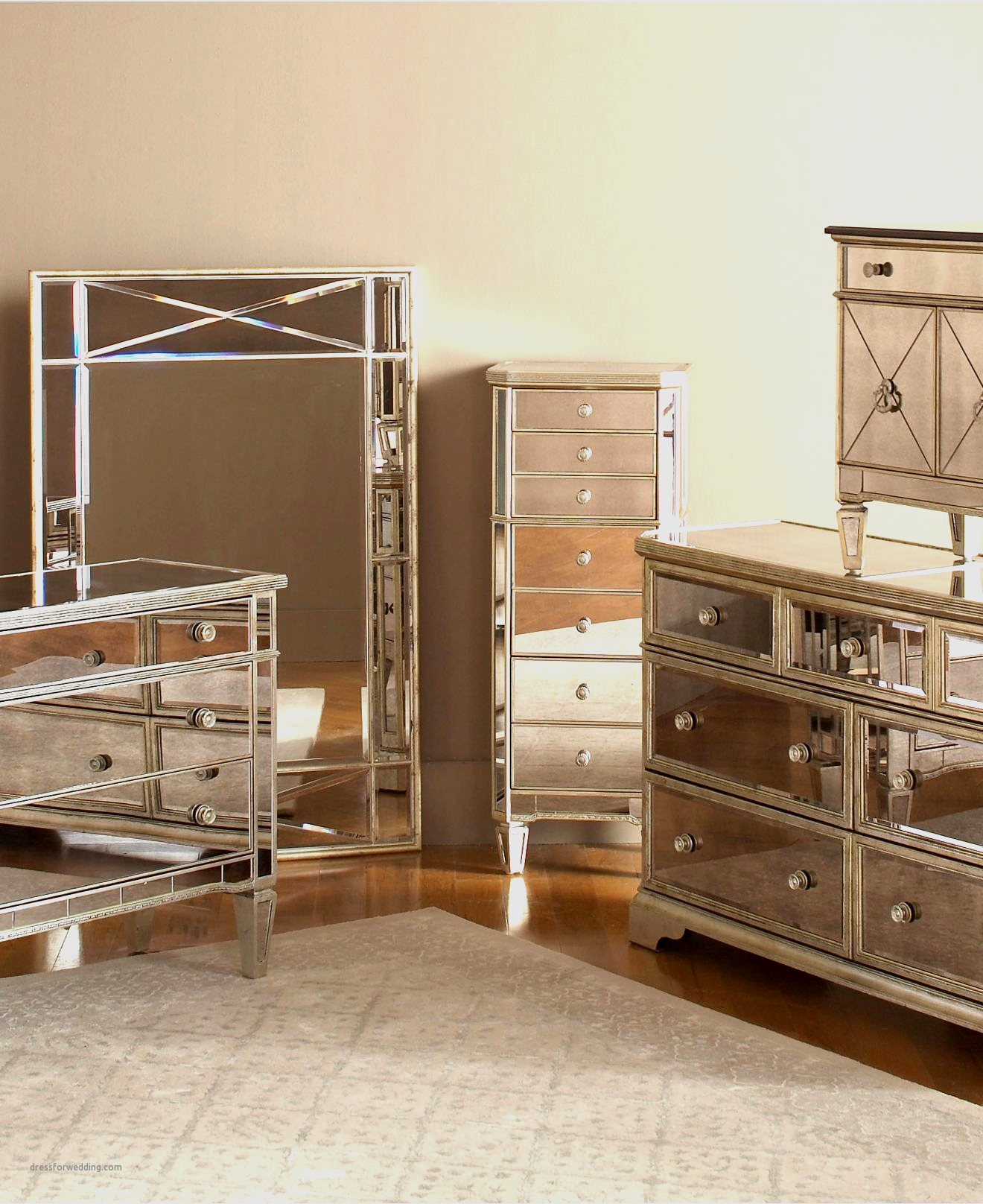 wood and mirrored bedroom furniture photo - 6