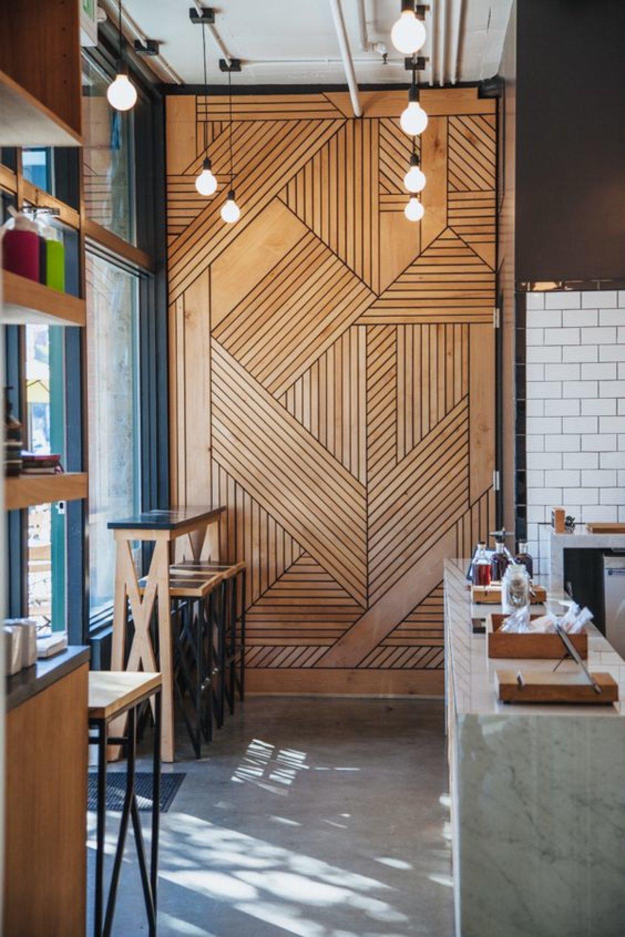 wood wall interior design photo - 3