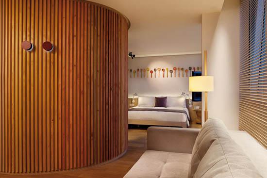 wood wall interior design photo - 9