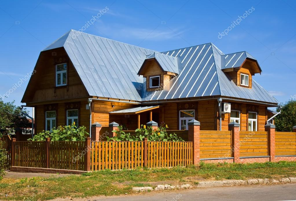 wooden country house photo - 10