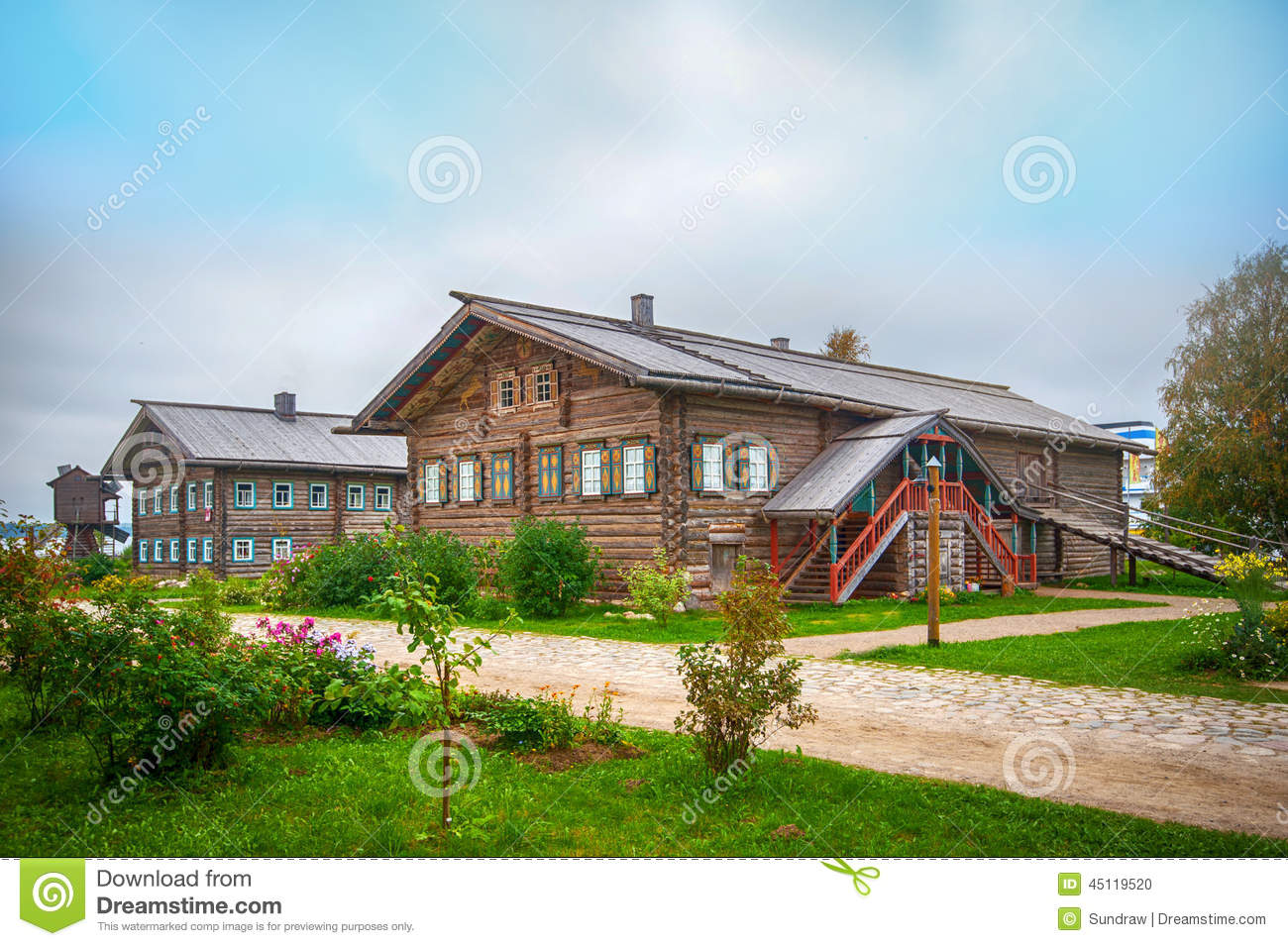 wooden country house photo - 6